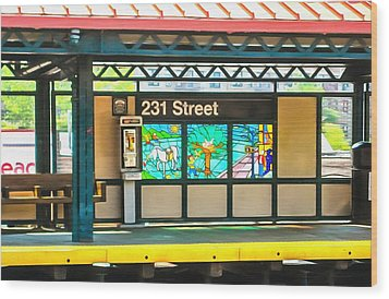 231 Street Subway Wood Print