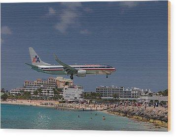 American Airlines At St. Maarten  Wood Print by David Gleeson