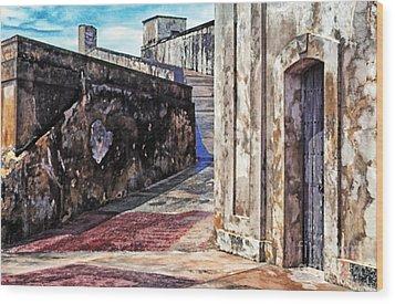 Castillo De San Cristobal Wood Print by Thomas R Fletcher