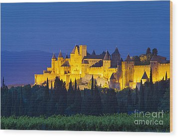 La Cite Carcassonne Wood Print by Brian Jannsen