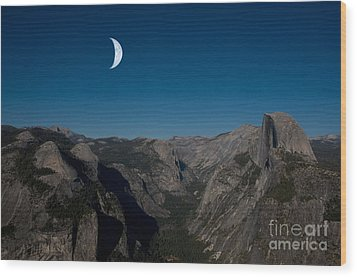 Yosemite National Park Wood Print by Mark Newman