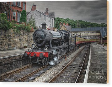 3802 At Llangollen Station Wood Print by Adrian Evans