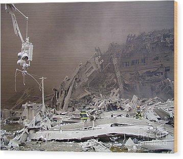 9-11-01 Wtc Terrorist Attack Wood Print by Steven Spak