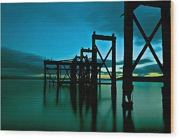 Hawcraig Pier Wood Print