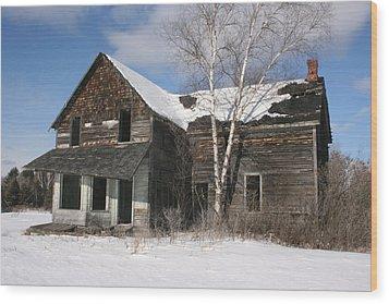 Old  House Wood Print by Paula Brown
