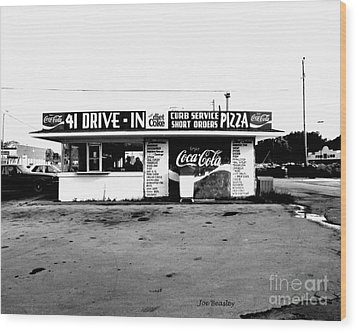 41 Drive In-manchester Tennessee Wood Print by   Joe Beasley