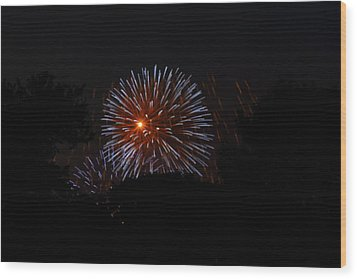 4th Of July Fireworks - 011314 Wood Print by DC Photographer