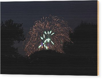 4th Of July Fireworks - 01138 Wood Print by DC Photographer