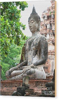 Buddha Statue Wood Print by Yew Kwang