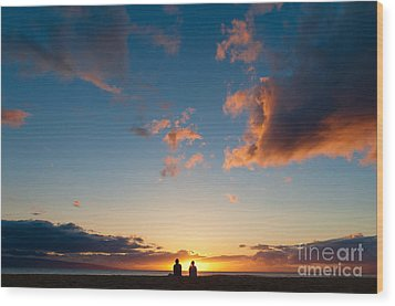 Couple Watching The Sunset On A Beach In Maui Hawaii Usa Wood Print