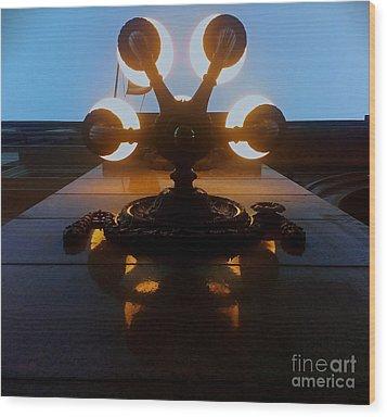 5 Points Of Light Wood Print by James Aiken