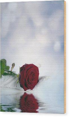 Red Rose Wood Print by Joana Kruse