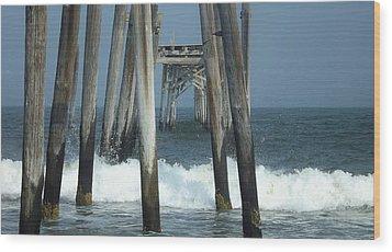 59th Street Pier Wood Print