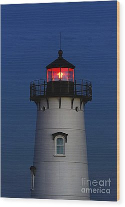 Edgartown Lighthouse Wood Print by John Greim