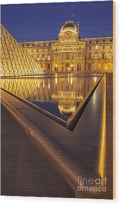 Musee Du Louvre Wood Print by Brian Jannsen