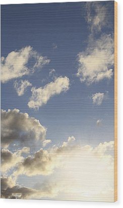 Sky Wood Print by Les Cunliffe
