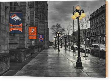 Denver Broncos Wood Print