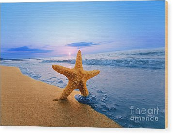 Starfish Wood Print by Michal Bednarek