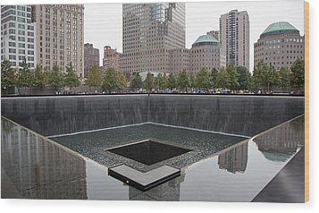 911 Memorial Pool Nyc Wood Print