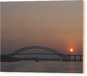 A Bayonne Sunset Wood Print