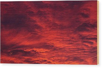 A Beautiful Sunrise Wood Print by Sascha Kolek