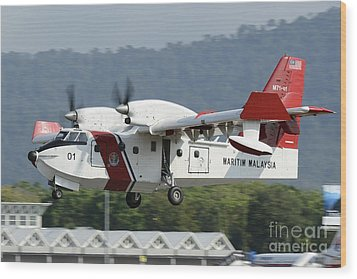 A Bombardier Aerospace Cl-415 Mp Wood Print by Remo Guidi