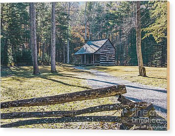 A Cabin In Cades Cove Wood Print by Marilyn Carlyle Greiner