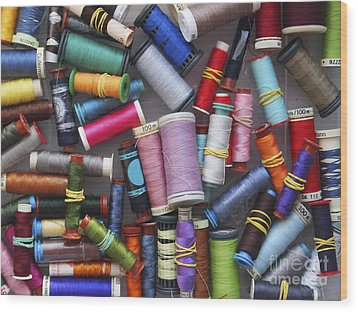 A Close View Of Threads Wood Print by Bernard Jaubert