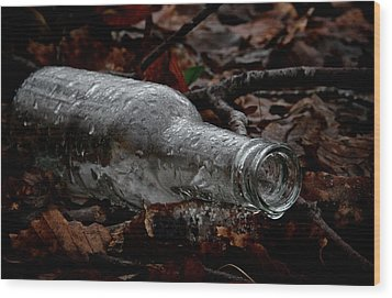 A Cold One Wood Print by Odd Jeppesen