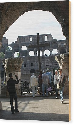 A Cross In The Coloseum Wood Print by Dick Willis
