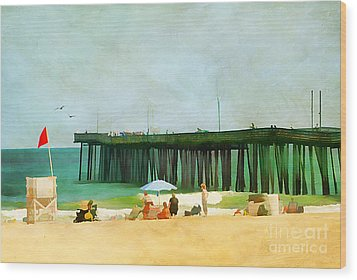 A Day At The Beach Wood Print by Darren Fisher