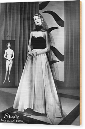 A Fashionable Mannequin Wood Print by Underwood Archives