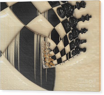 A Game Of Chess Wood Print by Liane Wright
