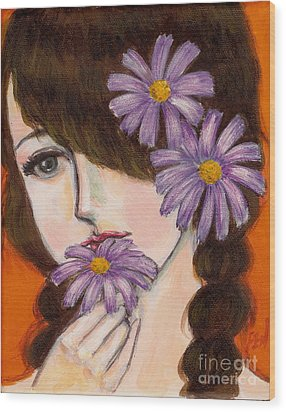 A Girl With Daisies Wood Print by Jingfen Hwu