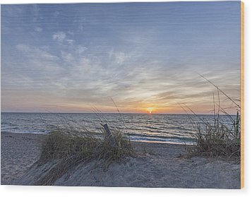 A Glass Of Sunrise Wood Print by Jon Glaser