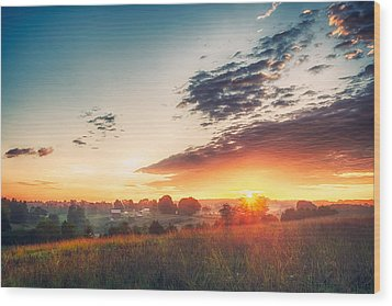 Wood Print featuring the photograph A Goode Sunrise by Joshua Minso