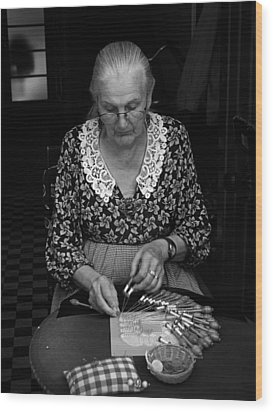 A Lacemaker In Bruges Wood Print by RicardMN Photography