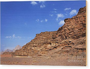 A Landscape Of Rocky Outcrops In The Desert Of Wadi Rum Jordan Wood Print by Robert Preston