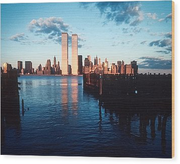 New York Sunset 1978 Wood Print by Kellice Swaggerty