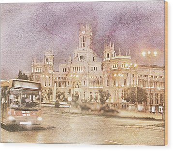 A Night In Madrid  Wood Print by Connie Handscomb