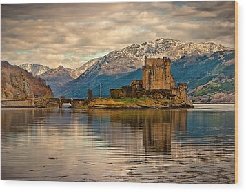 A Reflection At Eilean Donan Castle Wood Print