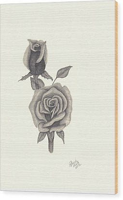 A Roses Beauty Wood Print by Patricia Hiltz