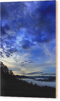 A Smoky Mountain Dawn Wood Print by Michael Eingle