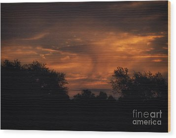 A Spectacular Sunrise Wood Print by Thomas Woolworth