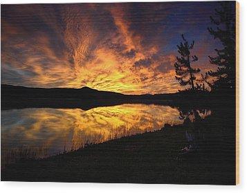 A Sunrise Explosion Wood Print by Rich Rauenzahn