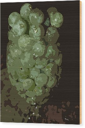 A Tall Glass Of Grapes Wood Print by Robert Margetts