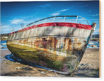 Abandoned Boat Wood Print by Adrian Evans