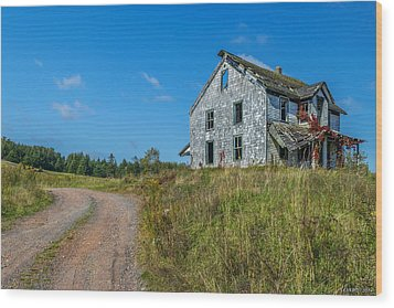 Abandoned Home Wood Print by Ken Morris