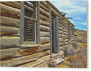 Abandoned Homestead Wood Print by Shane Bechler