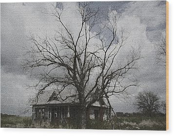 Abandoned House Wood Print by Donna G Smith